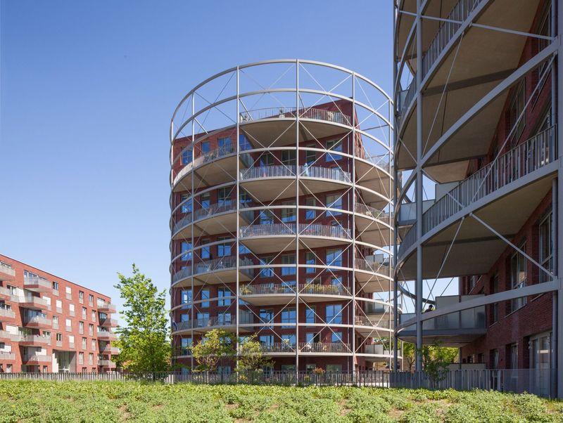 Gasholder-Inspired Cylindrical Buildings