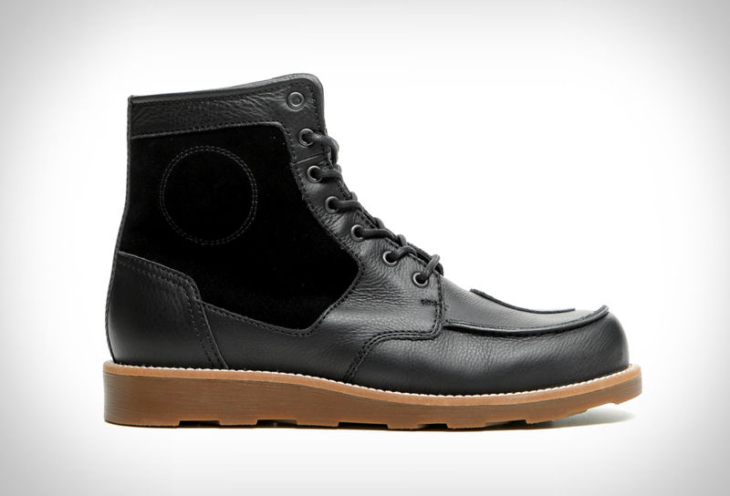 Street-Ready Motorcycle Boots