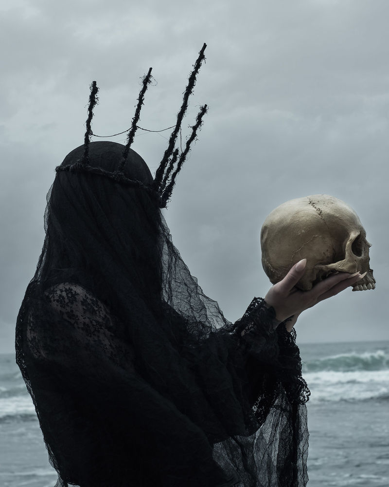 Hauntingly Grim Photoseries