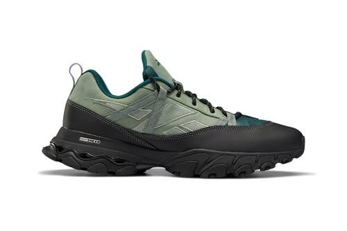 90s-Inspired Hiking Sneakers