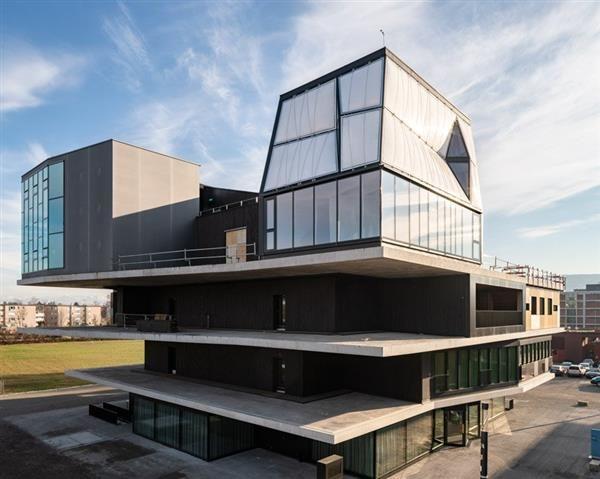 Digitally Built Houses
