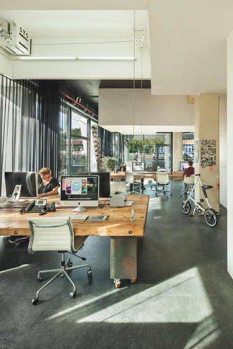 Retractable Work Spaces