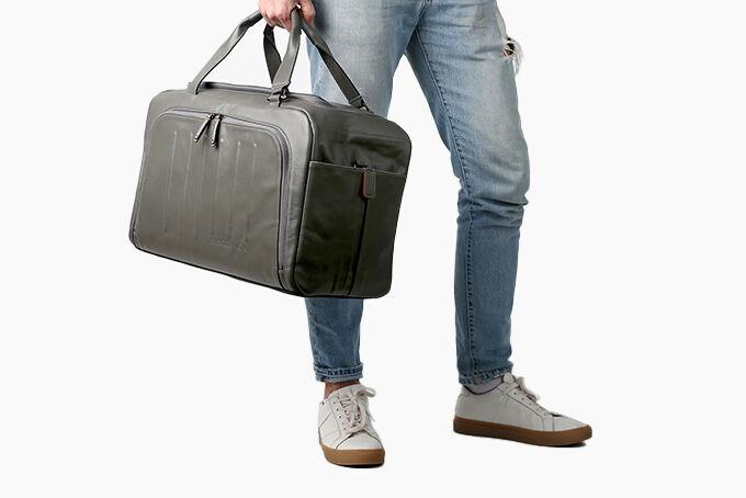 Structured Weekender Luggage Designs