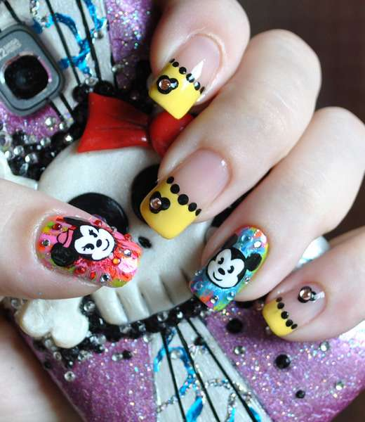 Magical Mouse Manicures