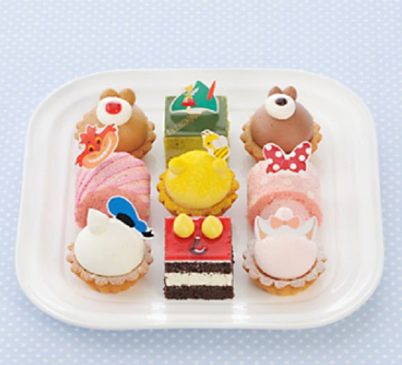 Mini Cartoon Character Cakes