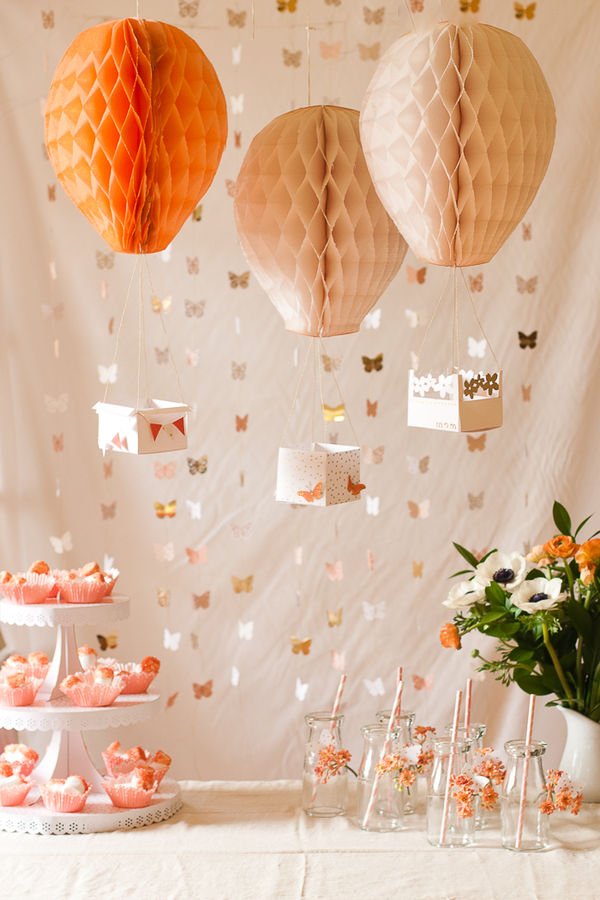 Crafty Air Balloon Decor
