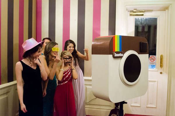 DIY Social Photo Booths