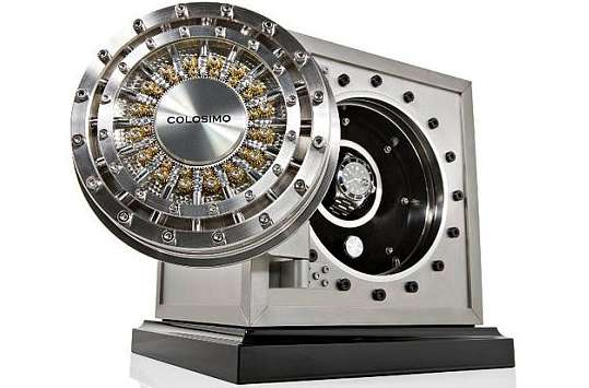 Luxury Wristwatch Vaults
