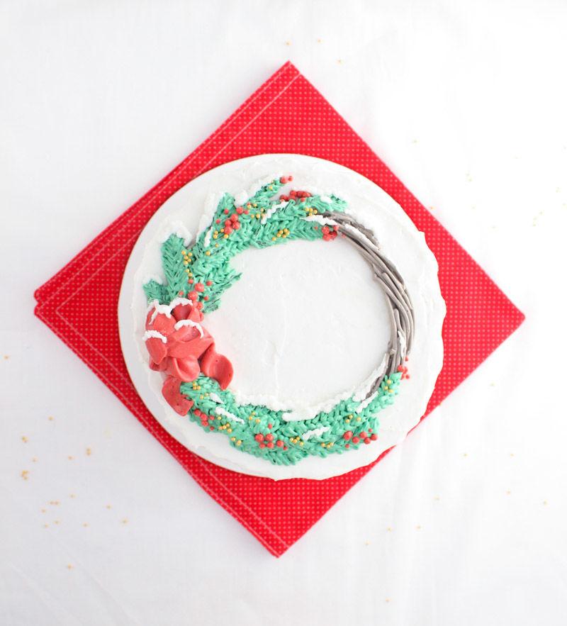 Yuletide Wreath Cakes