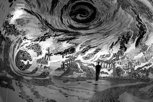 360-Degree Drawing Installations