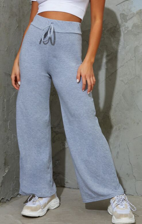 Drawstring Jersey Wide Leg Joggers - PrettyLittleThings Boasts Chic Joggers for Spring 2021 (TrendHunter.com)