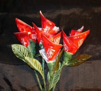 DIY Condom Roses