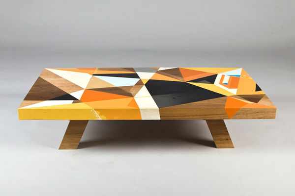 Delicieux Geometrically Painted Tabletops