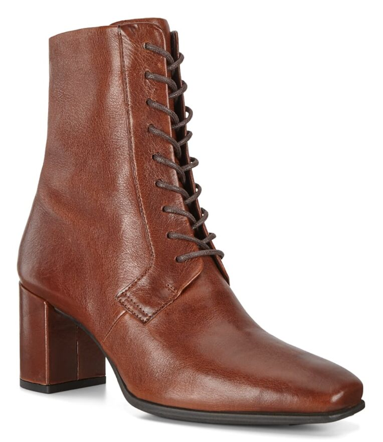 Fall-Ready Leather Boot Lines