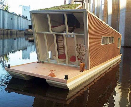 Sustainable Houseboats: The 'Schwimmhaus'