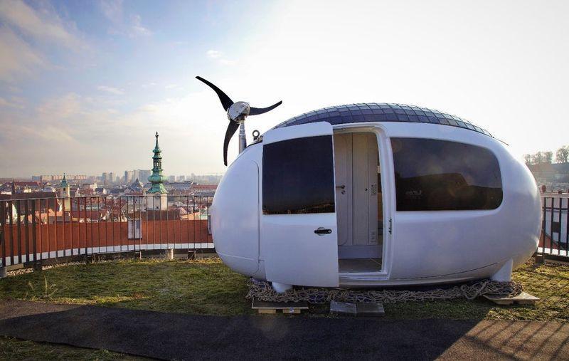 Egg-Shaped Micro Homes