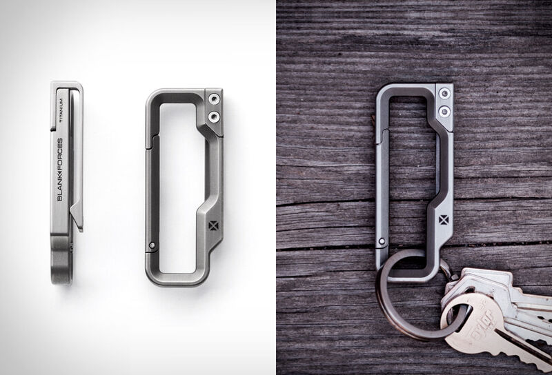 3D-Machined Keychain Carabiners