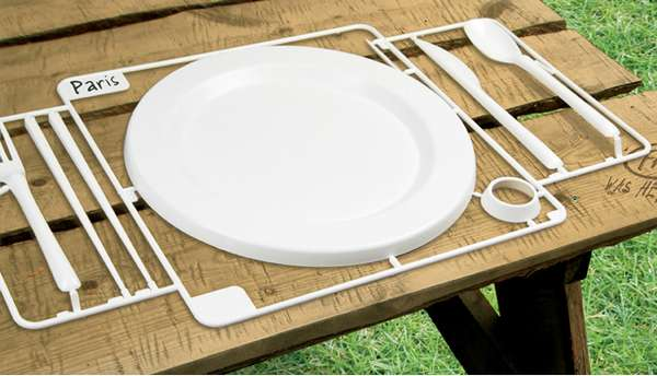 Effortless Picnic Supplies & Effortless Picnic Supplies: Snap-A-Party Tableware