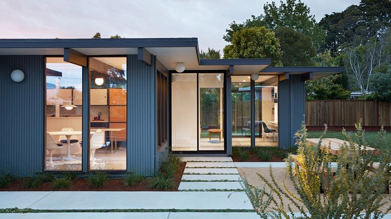 Updated Mid Century Modern Bungalows Eichler House