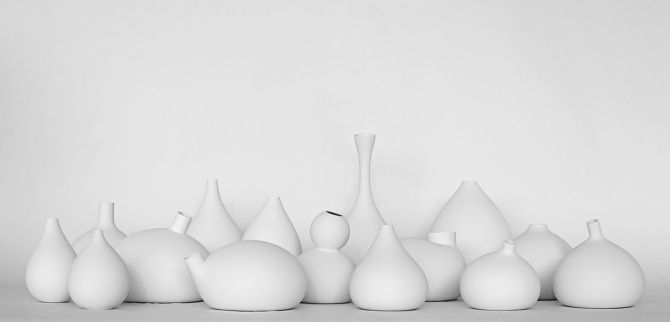 Balloon-Modeled Amphoras