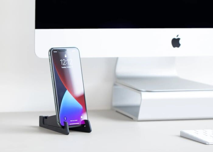 Pocket-Sized Smartphone Stands