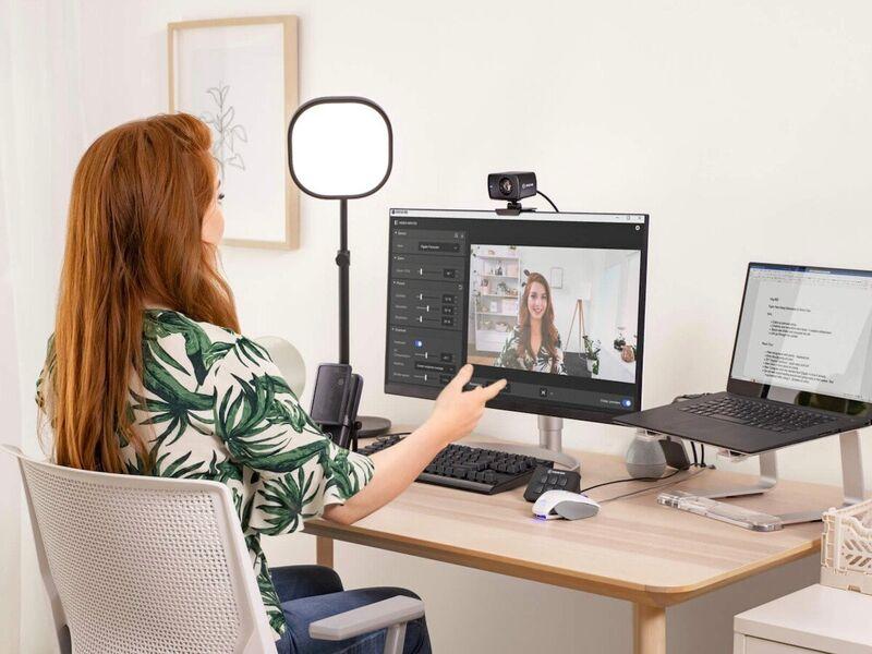 Pro-Grade Lens Webcams