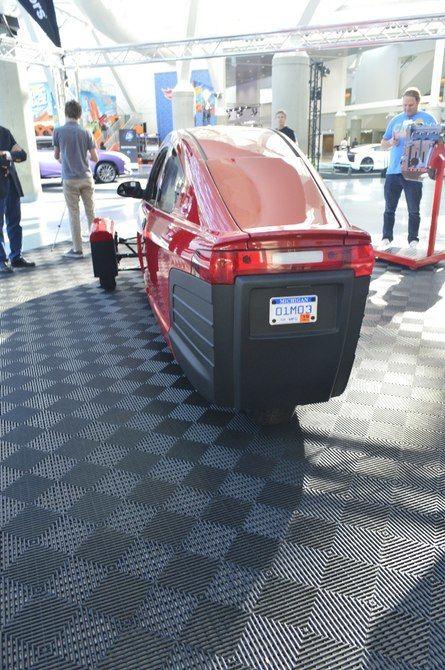 Efficient Three-Wheeled Cars