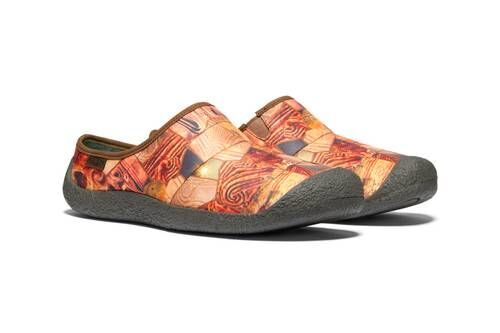 Boldly Printed Bright Clogs