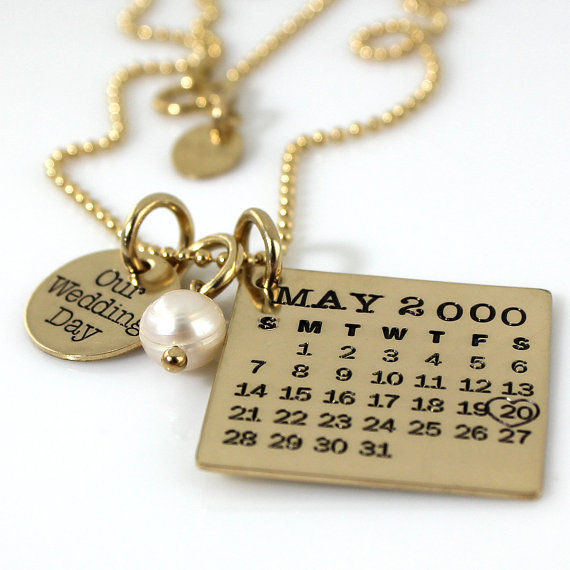 28 engraved jewelry pieces