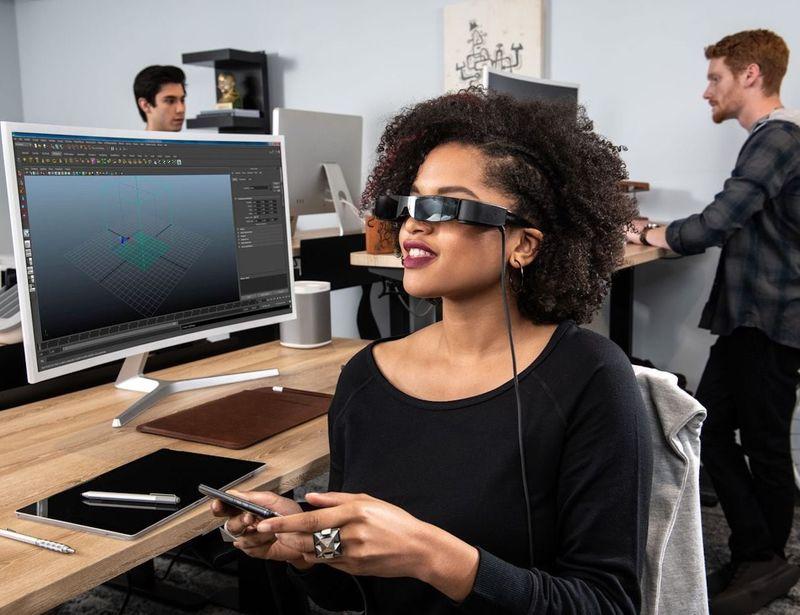 Triple-Screen Smart Glasses