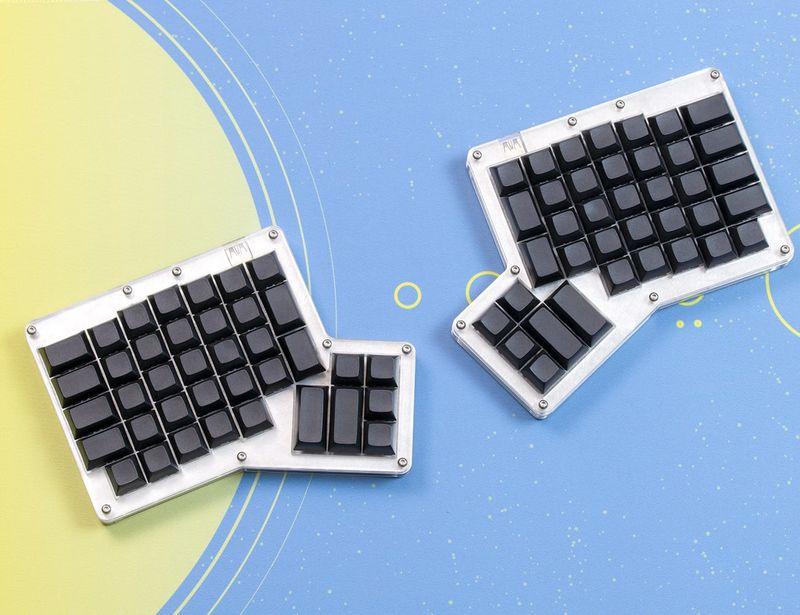 DIY Maker Keyboard Kits : Ergonomic Mechanical Keyboard Kit