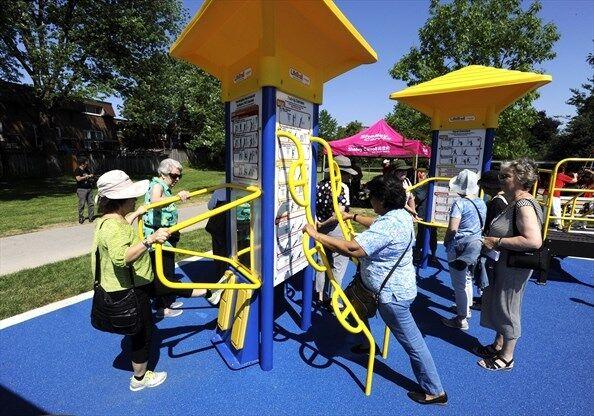Senior-Focused Exercising Parks