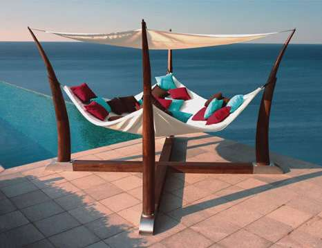Resort-Worthy Outdoor Furniture