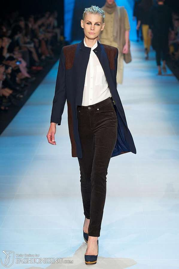 Androgynous Ensemble Catwalks