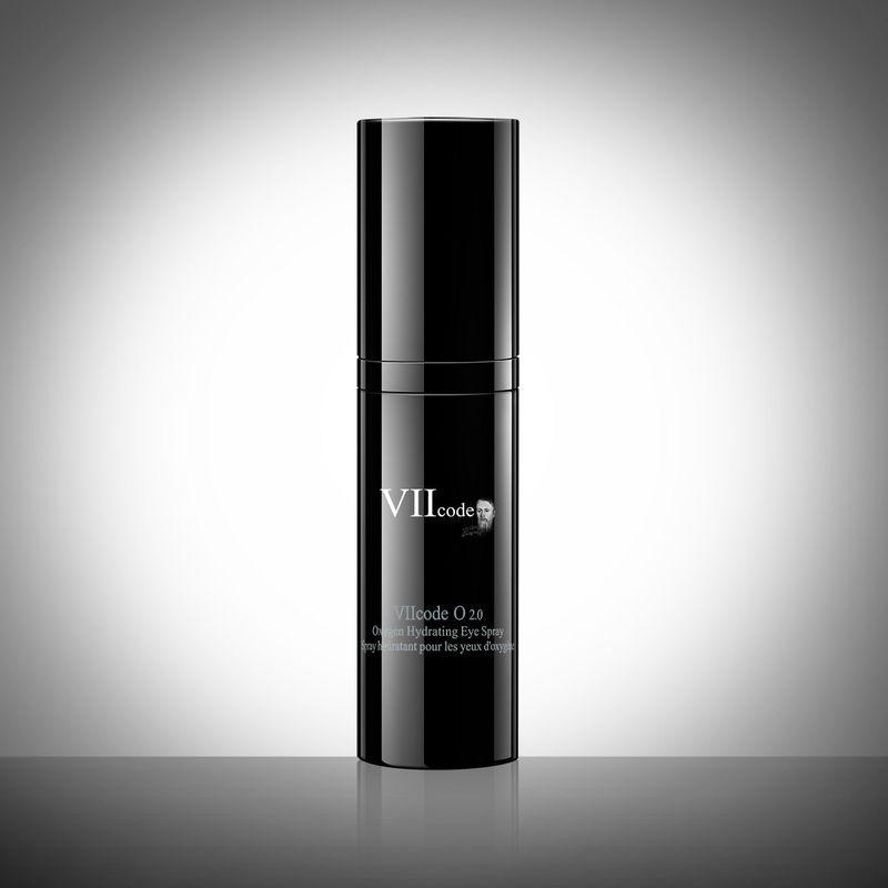 Vitality-Boosting Eye Sprays