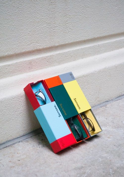 Color-Blocked Eyewear Packaging