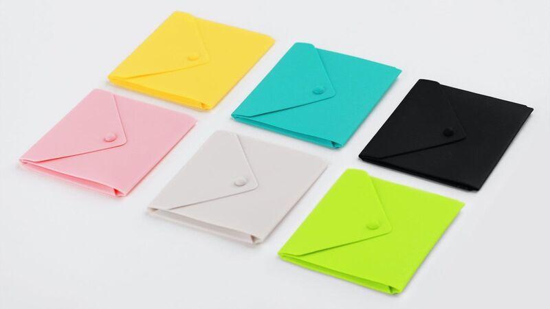 Mask-Holding Silicone Envelopes