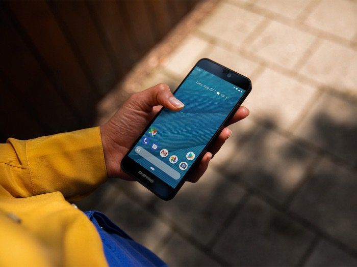 Socially Responsible Smartphones