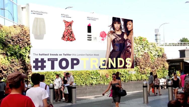 Real-Time Runway Billboards