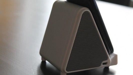 Pyramidal Wireless Speakers