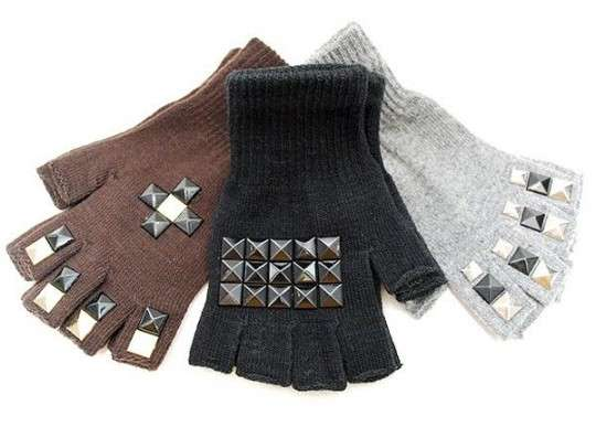 Finger-Free Studded Gloves