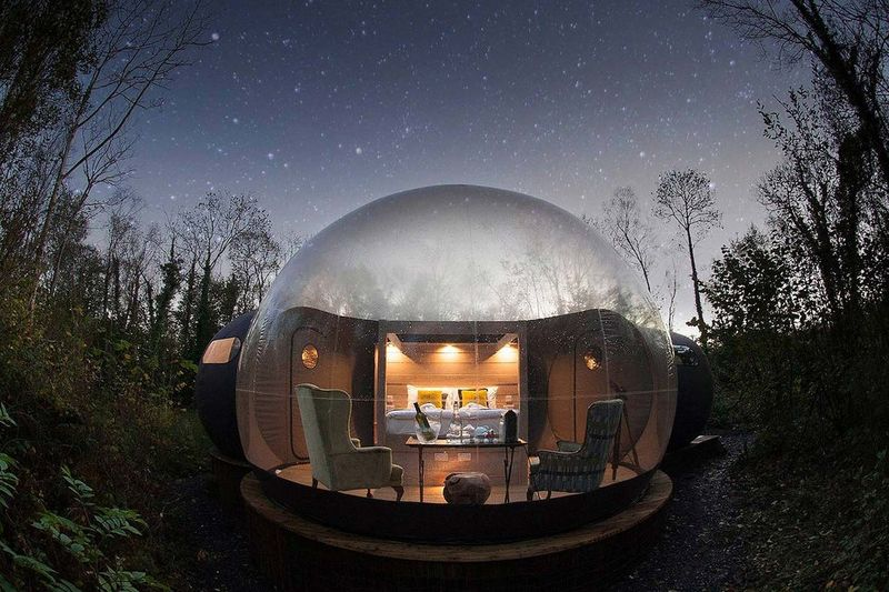 Relaxing Glass Dome Retreats