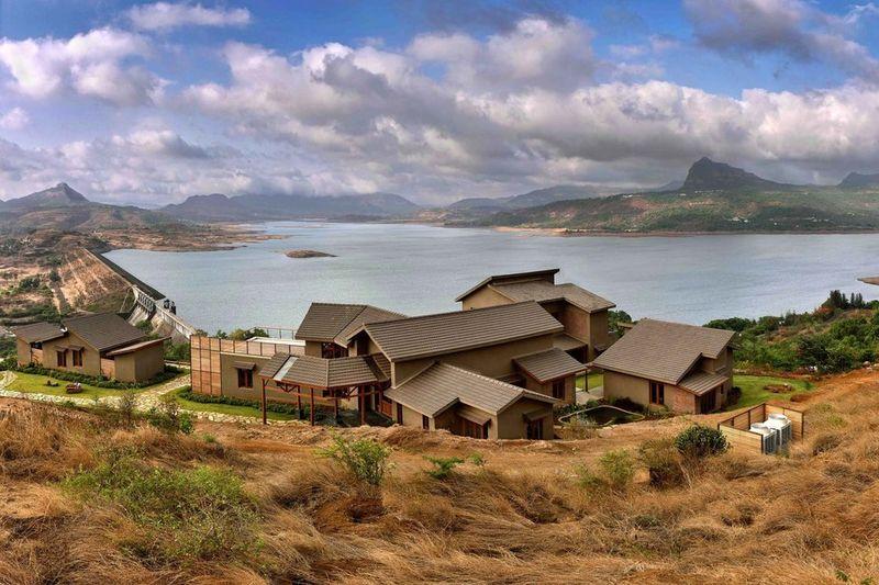 Luxe Fort-Like Retreats