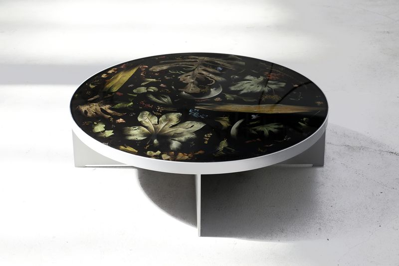 Floral Furniture Features