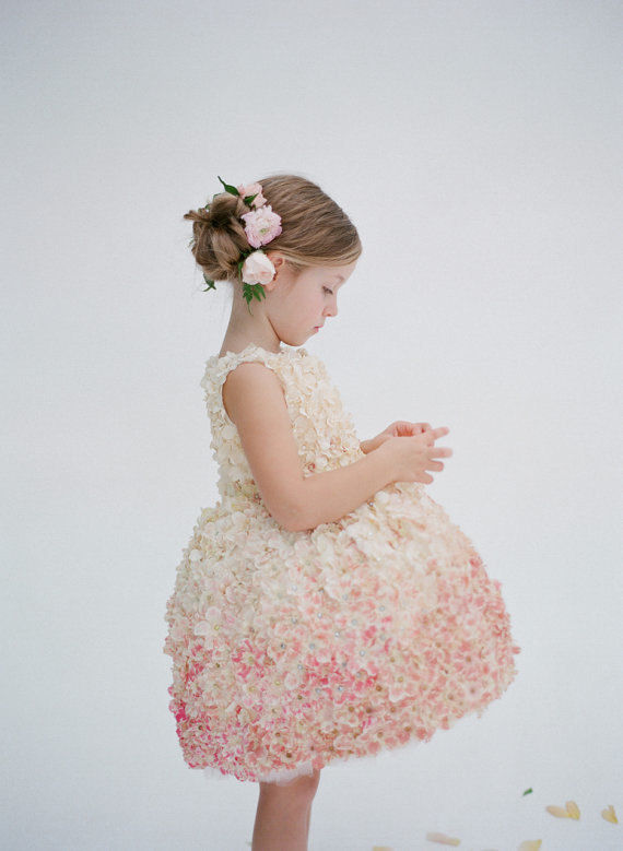 Chic Flower Girl Fashions