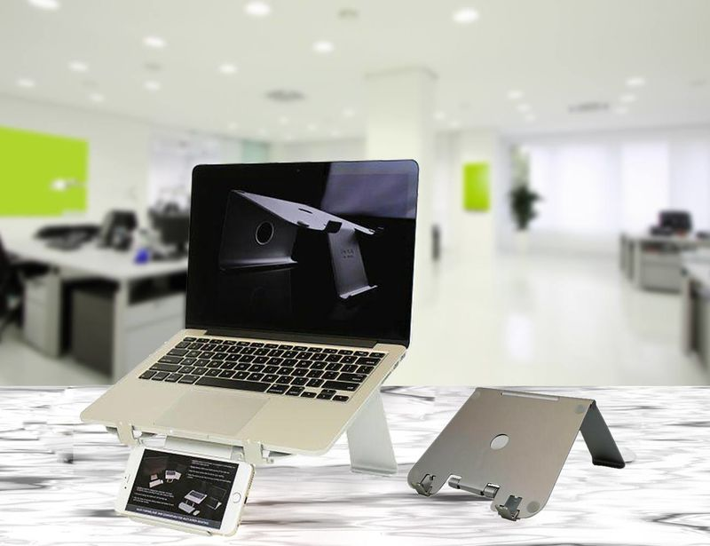 Multi-Device Technology Stands