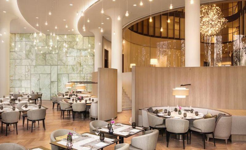 Luxury Classic Hotel Designs