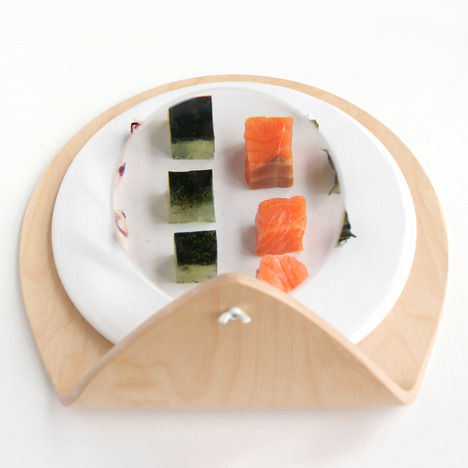 Food Magnification Plates