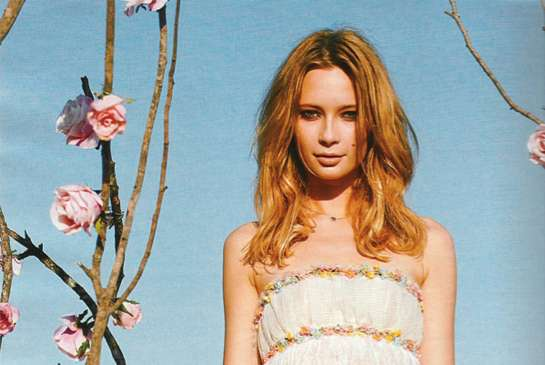 Flirty Floral Editorials