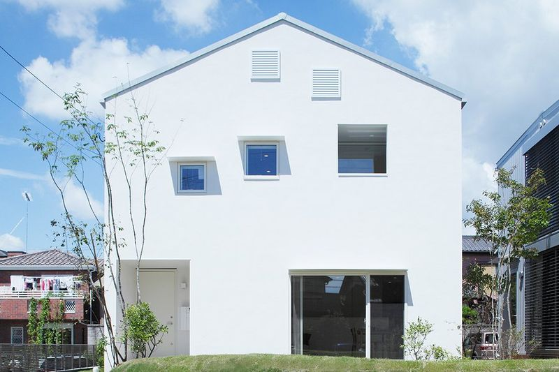 Cost-Free Modern Homes